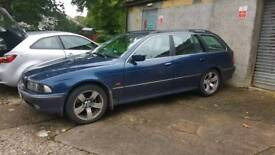 Breaking BMW 523ise Touring