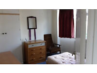 Double room available in 3 bedroom shared house in Marston £434pcm+bills 07530 330109