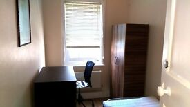 Nice single room in Hendon central, close to Middlesex university.
