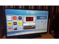 LUXOR 40 TV SUPER Smart HD TV,built in DVD,Wifi,Freeview HD, NETFLIX, Ex-Display