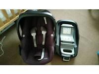 Maxi Cosi Pebble car seat, Isofix, cusion, head protector and free mirror