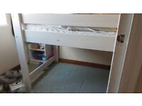 Free cabin bed