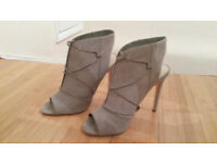 High heels from New Look size 6/39 never worn