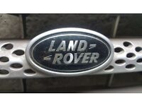 Land Rover Sports grill