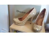 Ladues Dune gold glitter shoes uk7