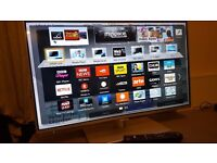 """PANASONIC 32"""" Smart ULTRA SLIM FULL HD TV with built in Wifi,Freeview HD, Netflix,GREAT Condition."""