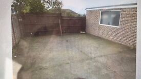 LAND FOR RENT IN HOVE AREA - SMALL YARD / VEHICLE STORAGE