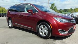 2017 Chrysler Pacifica TOURING-L PLUS - NAV- TOW GROUP- ONLY 11,