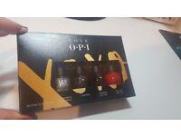 Brand New Love OPI 4 Piece Mini Nail Lacquer Gift Set + 3INA Glitter Top Coat