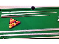 Slate bed, pub size pool table. See images to see whats included. This is a real bargain.
