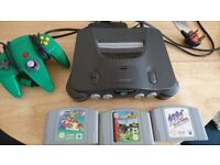 Nintendo 64 console bundle (N64)