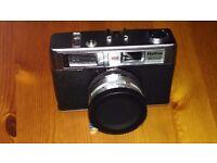 Halina 3000 35mm Film Camera - all original with case