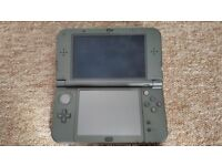 New Nintendo 3ds XL with charger and 6 games
