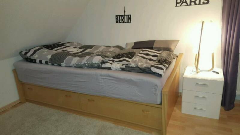 bett jugendbett 200 x 90 cm buche holz massiv in niedersachsen neu wulmstorf babywiege. Black Bedroom Furniture Sets. Home Design Ideas