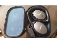 Bose QuietComfort 25 / QC25 Noise Cancelling Headphones with case - Great Condition