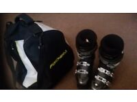 Ladies tecnica ski boots, size 6 with fischer carry bag