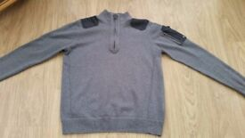 **** DUCK AND COVER 1/4 ZIP JUMPER ****