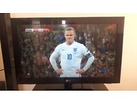 32 INCH LG HD LCD TV FOR SALE