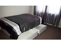RoomsToLet, Very large£500pm;double£430pm medium£400.WiFi;2mins walk to buses&shops. 6mins tostation