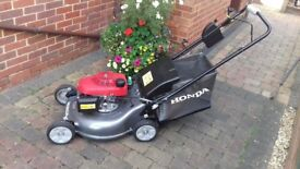 Honda HRG536VL IZY Mulching Petrol Lawnmower