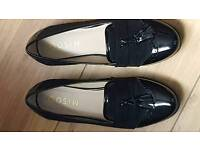 Ladies size 41 black shoes