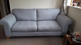 Immaculate 3 seater settee duck egg blue