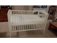 Babies R Us Cot bed/Toddler Bed