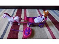 SOFIA THE FIRST REMOTE CONTROLLED CARRIAGE