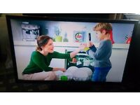 """PANASONIC VIERA 47"""" IPS LED TV SMART/3D/FREEVIEW HD/300HZ/WIFI READY/MEDIA PLAYER/ AS NEW NO OFFERS"""