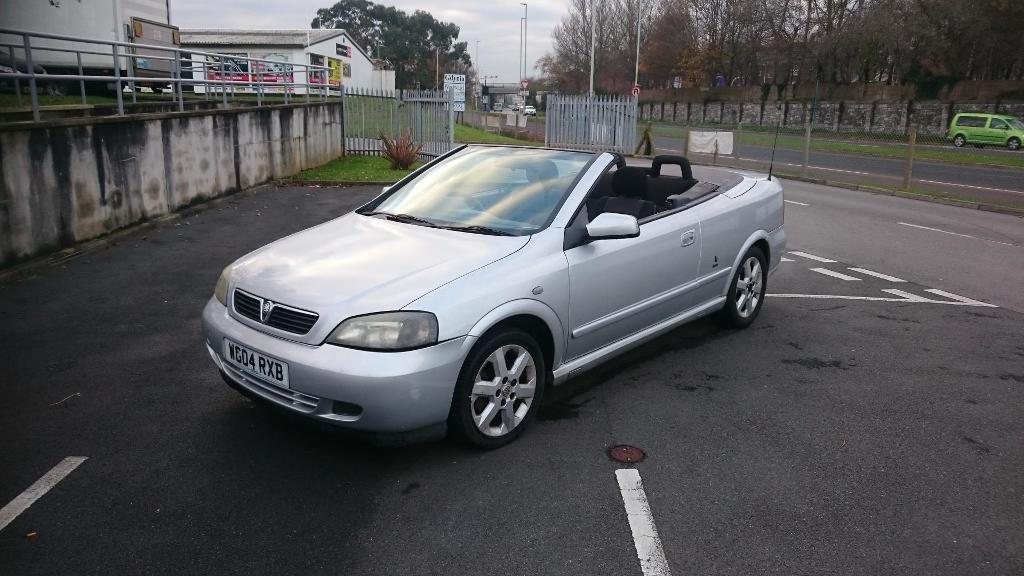 VAUXHALL ASTRA COUPE CONVERTIBLE (silver) 2004