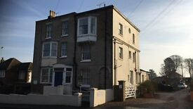 Fantastic 1 bed upper ground floor flat ro rent in Deal with off street parking!