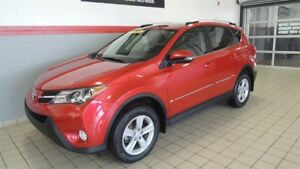 2014 Toyota RAV4 XLE FWD TOIT OUVRANT-MAGS