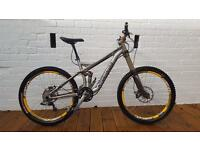 Specialized Enduro SL Expert/ Full suspension mountain bike