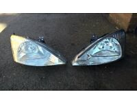 Ford focus 2002 hedlights left right
