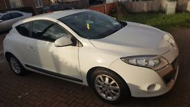 Renault megane 2011year coupe in white 2 lady owners from new