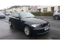 Black, 3 door, fuel efficient BMW 1 Series in a lovely condition