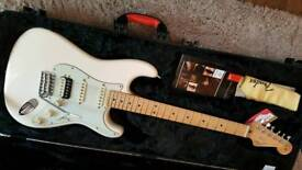 FENDER AMERICAN PRO FSR STRATOCASTER, MADE IN USA 2015, IN MINT CONDITION.