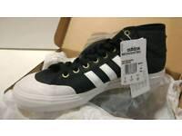 Adidas Matchcourt Mid shoes, UK9