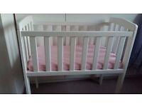 Rafferty Crib by George Home + 4cm thick mattress (additional £5)