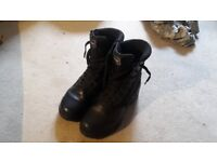 UK 8 Magnum Police Boots