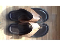 FANTASTIC PAIR OF PURE LEATHER M&S MENS SANDALS FOR SALE
