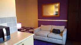 Quality furnished Rooms to rent £85(bills included)