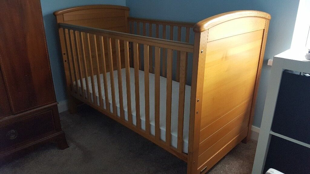 Mamas & Papas solid wood Cotbed