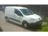 Peugeot partner 16 hdi van . 1 prev owner .Very good condition (white) cheap price for quick sale