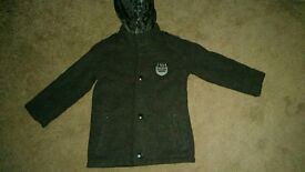 Wool /Polyester Winter Coat with scarf 4-5 years