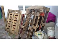 JOb Lot of PALLETS