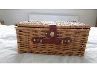 Lovely wicker picnic basket, never used