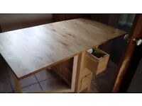 Extending kitchen table with 6 drawers - perfect condition