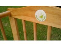 Baby crib cot bed . Lovely bambino safety cot
