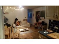 LARGE SPACIOUS SINGLE ROOM IS AVAILABLE FOR RENT IN DAGENHAM HEATHWAY STATION